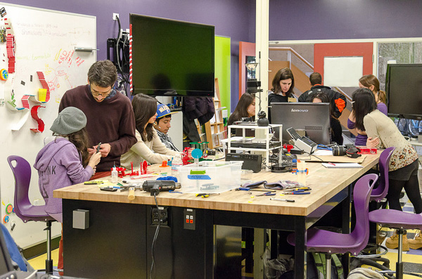 FabLab di Stanford by Stanford University